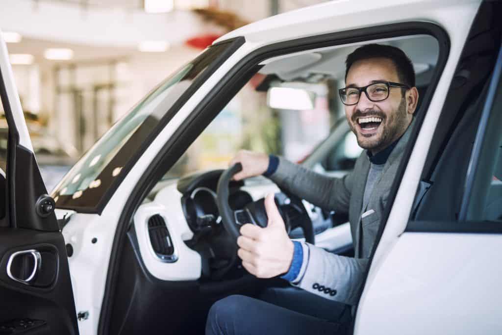 שירות קונה רכבים לנסיעה